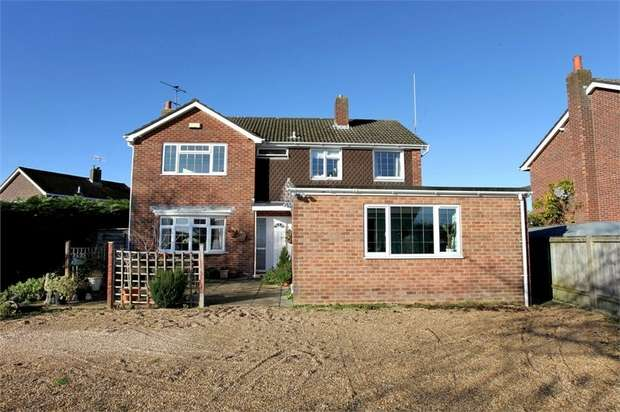 5 Bedrooms Detached House for sale in The Ridge, Woodfalls, Salisbury, Wiltshire