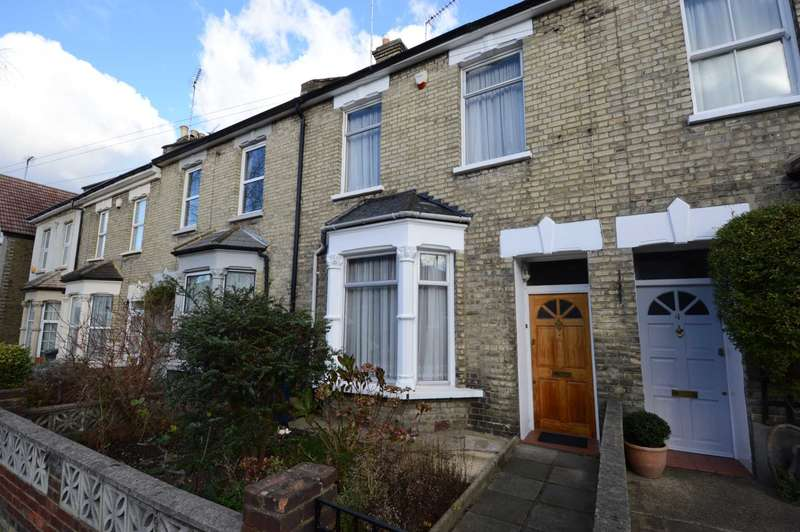 3 Bedrooms Terraced House for sale in Glenthorne Road, London
