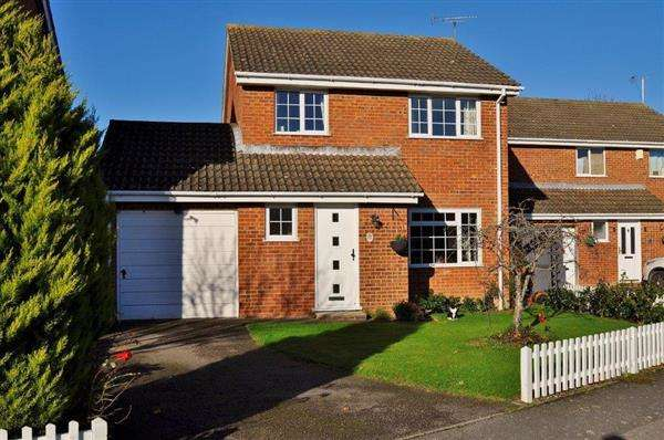 3 Bedrooms Detached House for sale in Ashford, TN23