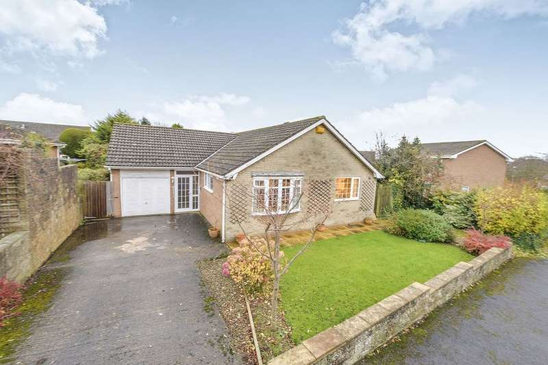 2 Bedrooms Detached Bungalow for sale in Field Close Road, Scalby, Scarborough, YO13