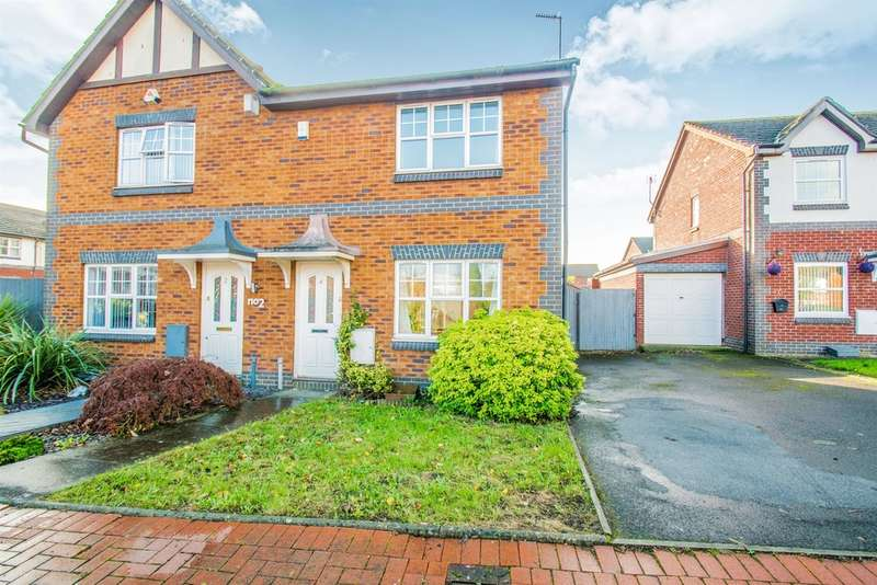 3 Bedrooms Semi Detached House for sale in Hawker Close, Cardiff