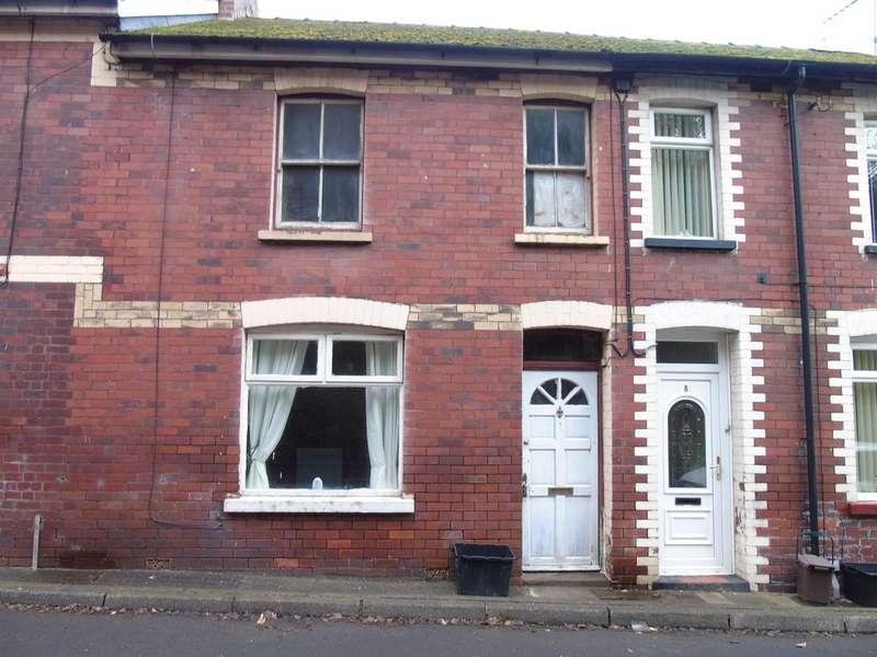 3 Bedrooms Terraced House for sale in Cleaves Terrace, Abersychan, Pontypool