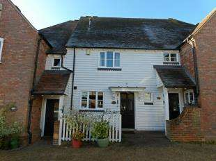 2 Bedrooms Retirement Property for sale in The Square, High Street, Hadlow, Kent