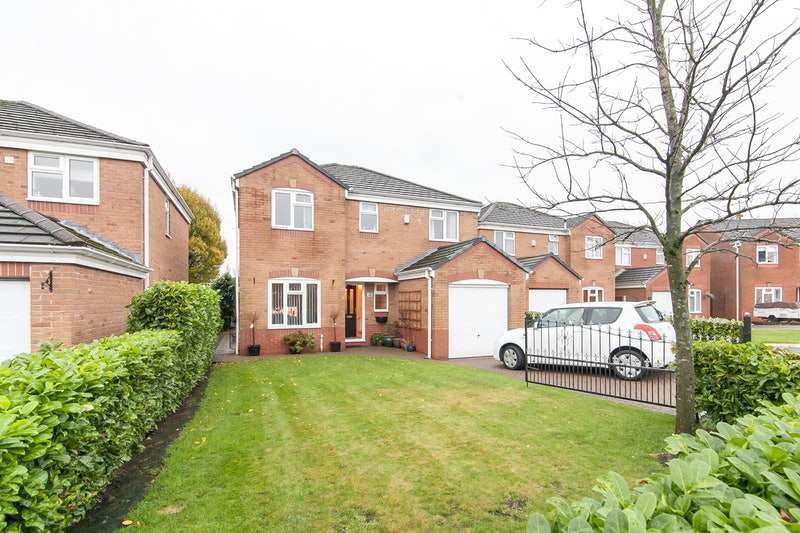 4 Bedrooms Detached House for sale in Albion, Gardens, Lancashire, OL2