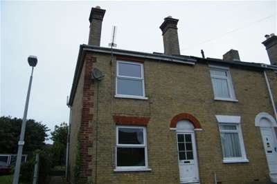 2 Bedrooms House for rent in Alfred Street, East Cowes
