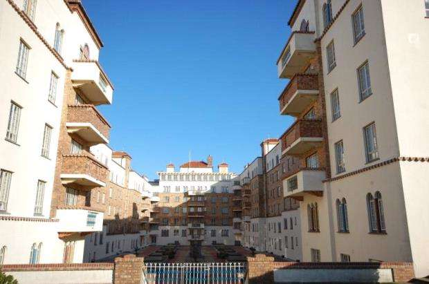 Flat for sale in Boscombe, Bournemouth, Dorset, BH5