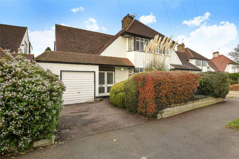 3 Bedrooms Semi Detached House for sale in Central Avenue, Pinner, Middlesex, HA5