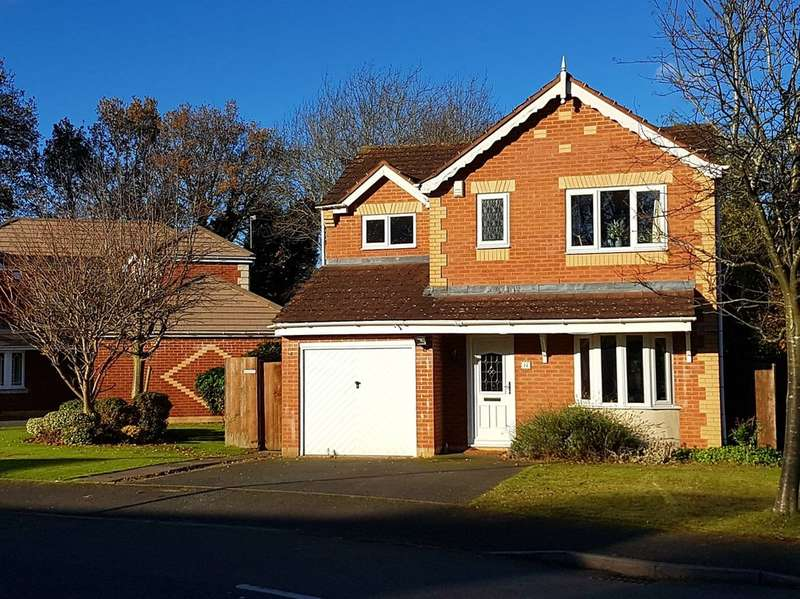 3 Bedrooms Detached House for sale in Hollyhurst Grove, Shirley