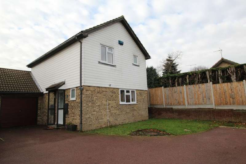 3 Bedrooms Detached House for sale in Tormore Park, Deal, CT14