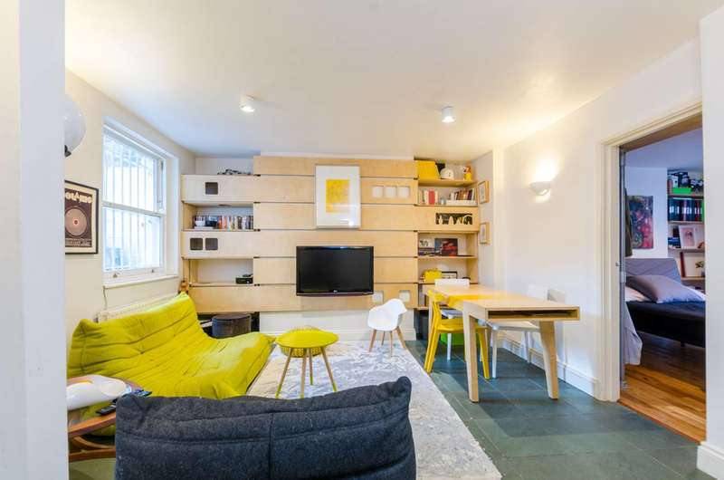 2 Bedrooms Flat for sale in Flaxman Road, Camberwell, SE5