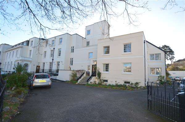 1 Bedroom Apartment Flat for rent in Sefton Court, Plantataion Terrace, Dawlish