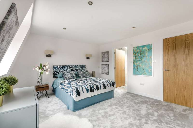 4 Bedrooms House for sale in Hutton Mews, Putney, SW15