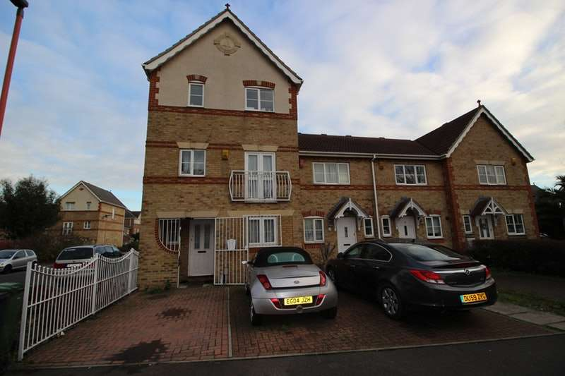 5 Bedrooms Town House for sale in Stern Close, Barking, London, IG11