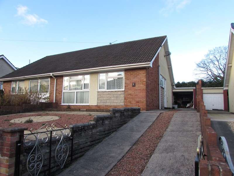 2 Bedrooms Semi Detached House for sale in Hendre Road, Pencoed, Bridgend. CF35 6TN