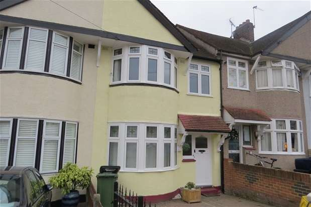 3 Bedrooms House for rent in Selworthy Road, Catford