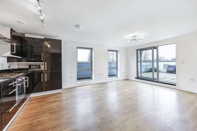 2 Bedrooms Flat for sale in St. Georges Grove, London SW17