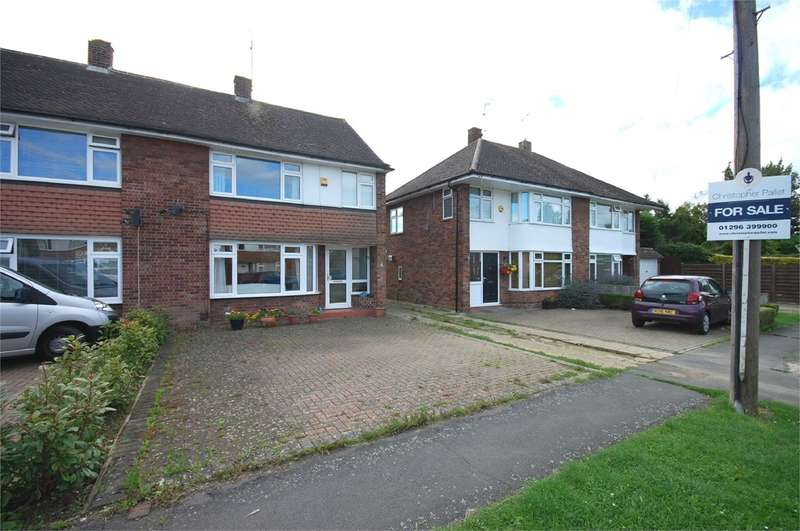 3 Bedrooms Semi Detached House for sale in Howard Avenue, Aylesbury, HP21