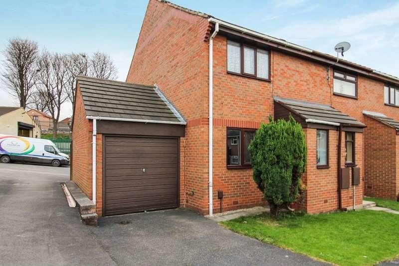 2 Bedrooms Semi Detached House for sale in Elder Croft, Leeds, LS13