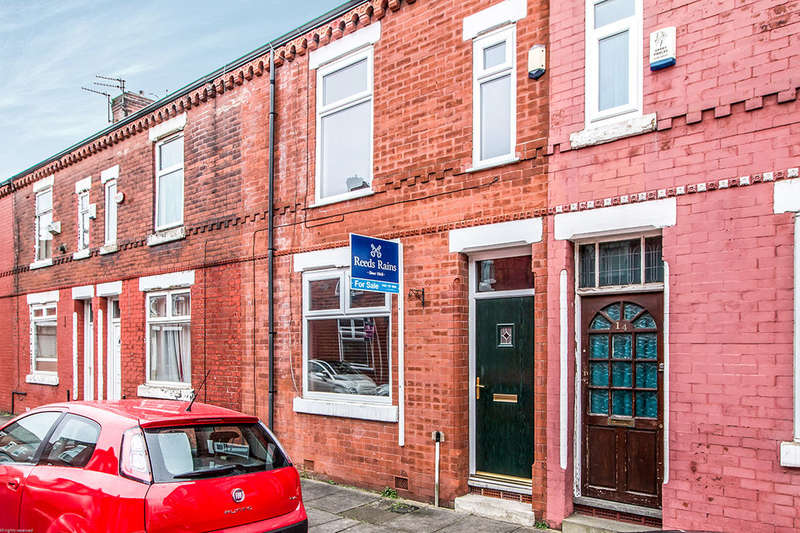 2 Bedrooms Terraced House for sale in Rostherne Street, Salford, M6