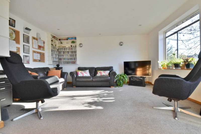 3 Bedrooms Flat for sale in The Vale, Golders Green