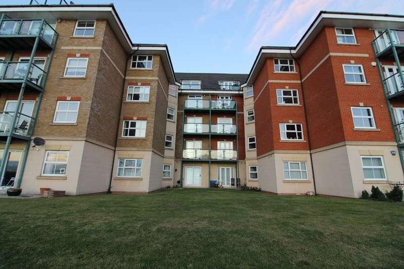 3 Bedrooms Flat for sale in Harrisons Wharf, Purfleet