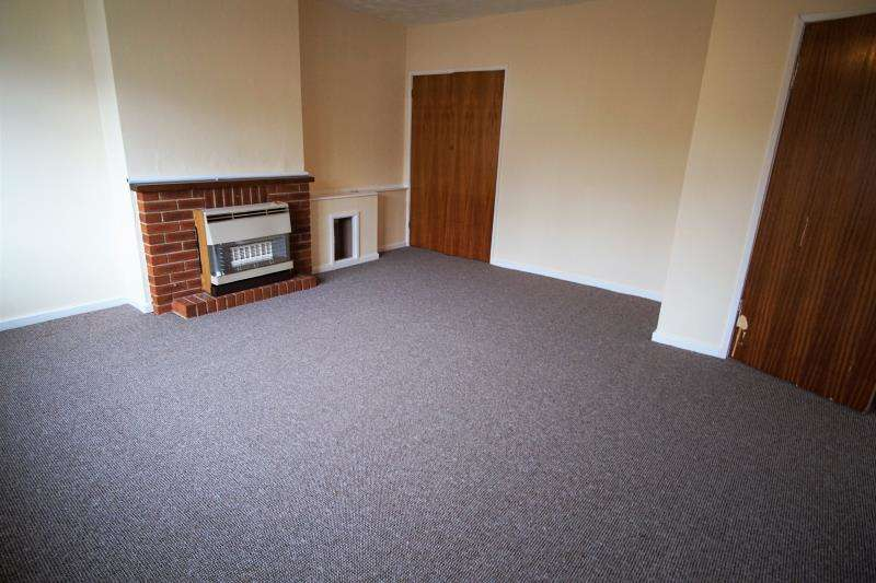 2 Bedrooms Flat for rent in Hazelbury Road, BS14 9EU