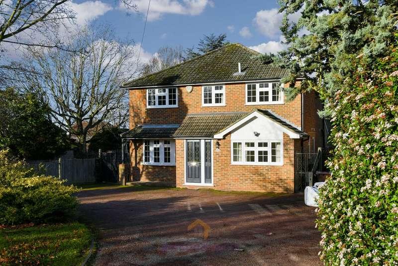 4 Bedrooms Detached House for rent in Longdown Lane North, Epsom