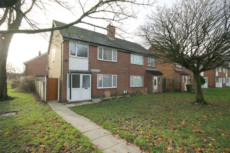 3 Bedrooms Semi Detached House for sale in Martin Avenue, Farnworth, Bolton, BL4 0QU