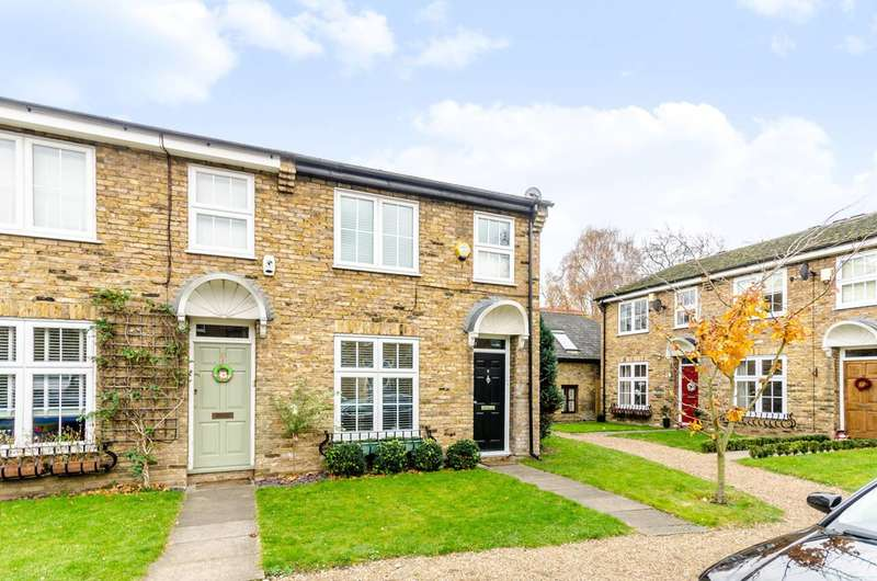 3 Bedrooms House for sale in Lambourne Place, Blackheath, SE3