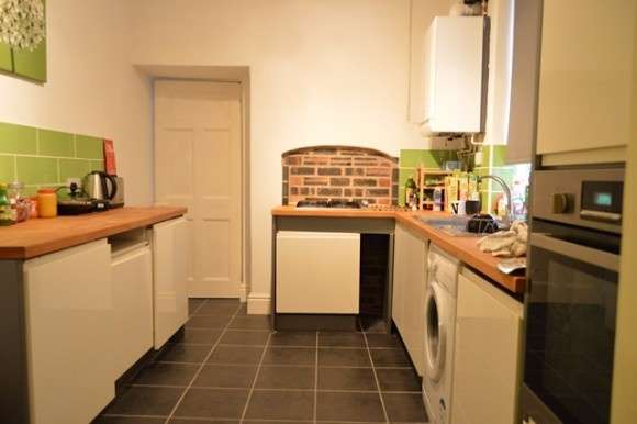 4 Bedrooms Terraced House for rent in Princes Road, Penkhull, Stoke On Trent