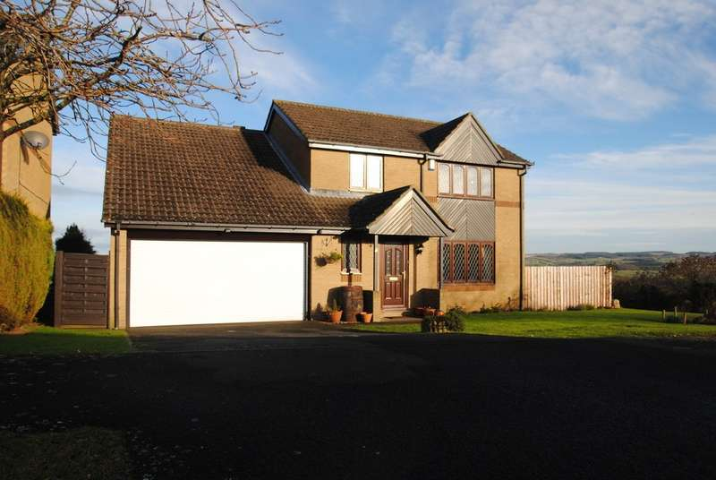 4 Bedrooms Detached House for rent in Hexham