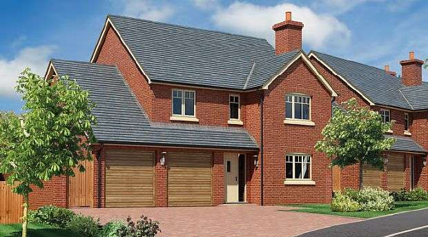 4 Bedrooms Detached House for sale in Chester Road, Whitchurch, Shropshire, SY13 1NB