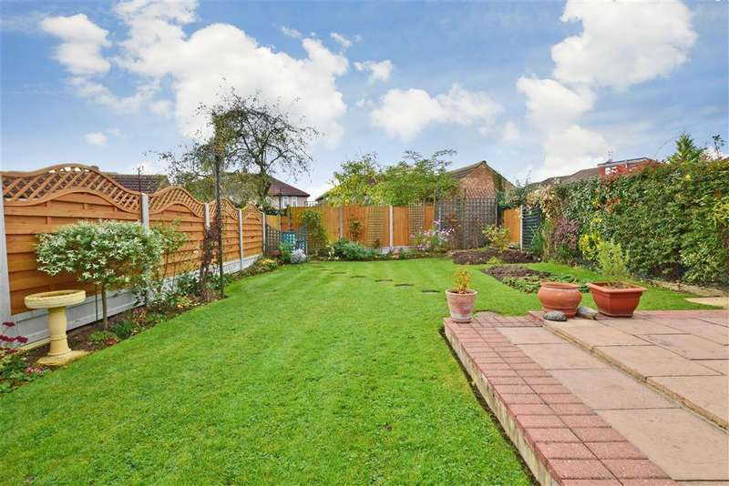 3 Bedrooms Semi Detached House for sale in Spey Way, , Rise Park, Essex