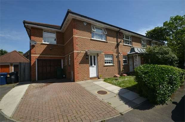 3 Bedrooms Semi Detached House for sale in Sandwick Close, Mill Hill, London