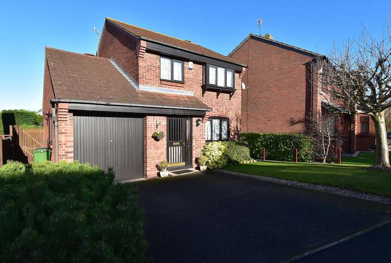 3 Bedrooms Detached House for sale in Monnow Close, Droitwich, Worcestershire, WR9