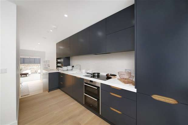 4 Bedrooms House for sale in Cintra Park, Crystal Palace