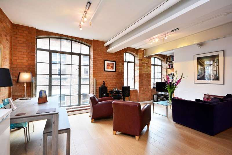 1 Bedroom Flat for sale in Richmond Mews, Soho, W1D