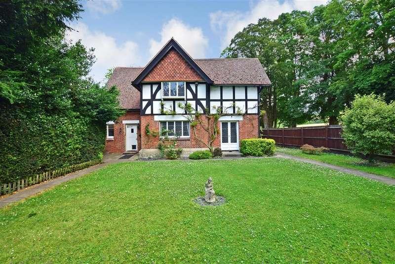 4 Bedrooms Detached House for sale in Upper Street, , Hollingbourne, Maidstone, Kent