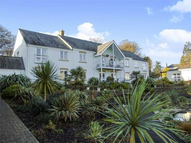2 Bedrooms Flat for sale in Roseland Parc, Tregony, Truro, Cornwall