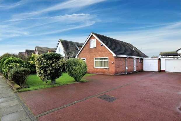 3 Bedrooms Bungalow for sale in Broadway, Fleetwood, FY7