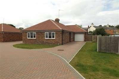 3 Bedrooms Bungalow for rent in Scottgate Close - Terrington St Clement