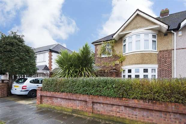 5 Bedrooms Semi Detached House for sale in Northolt Avenue, Ruislip, Greater London