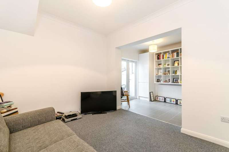1 Bedroom Flat for sale in Dagnall Park, Selhurst, SE25