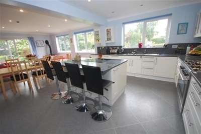 5 Bedrooms House for rent in Kneeton Road, East Bridgford. NG13