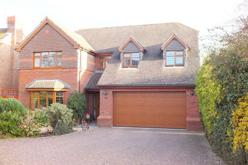 4 Bedrooms Detached House for sale in The Park, Cheltenham