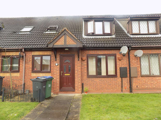 1 Bedroom Cluster House for sale in Steven Drive, Bilston, WV14