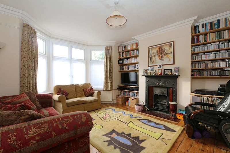 6 Bedrooms Semi Detached House for sale in Queens Avenue, Watford, Hertfordshire, WD18 7NT