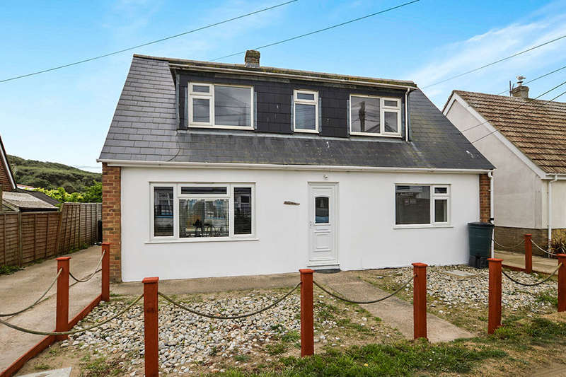 4 Bedrooms Detached House for rent in Sea Road, Camber, Rye, TN31