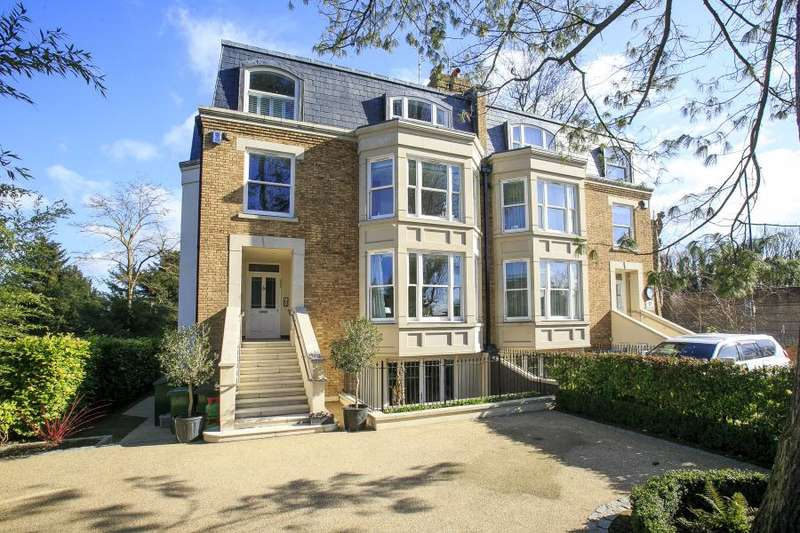5 Bedrooms Semi Detached House for sale in St Peters Road, St Margarets Trust Grounds