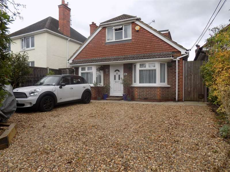 4 Bedrooms Bungalow for sale in Fellow Green, West End, Woking